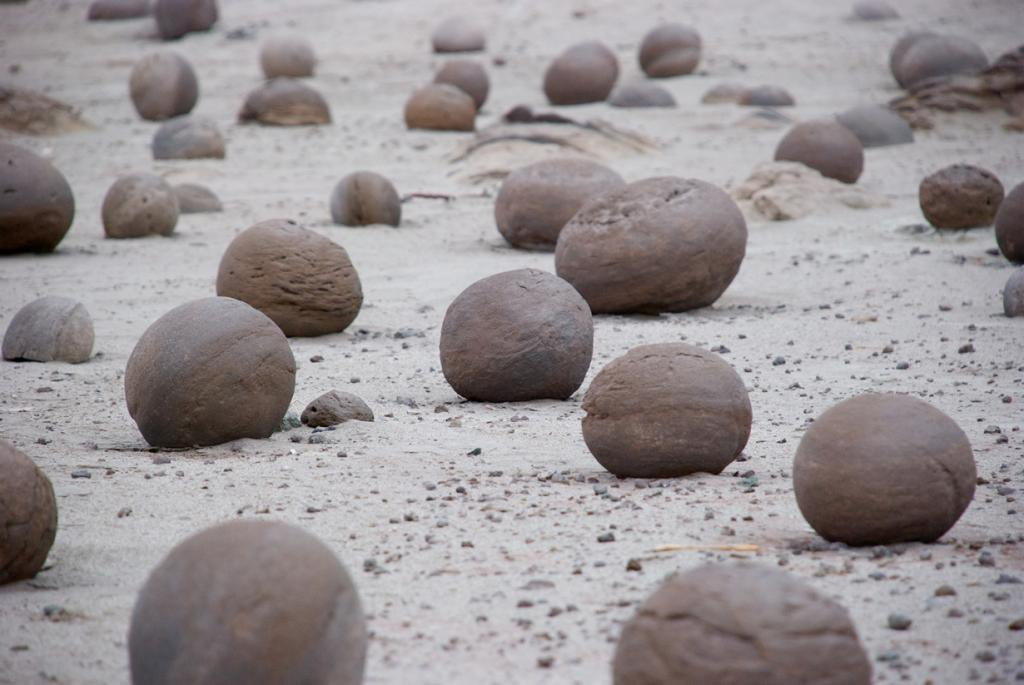 Аргентина. Провинциальный парк Исчигуаласто. Лунная долина. (Kevin Jones)