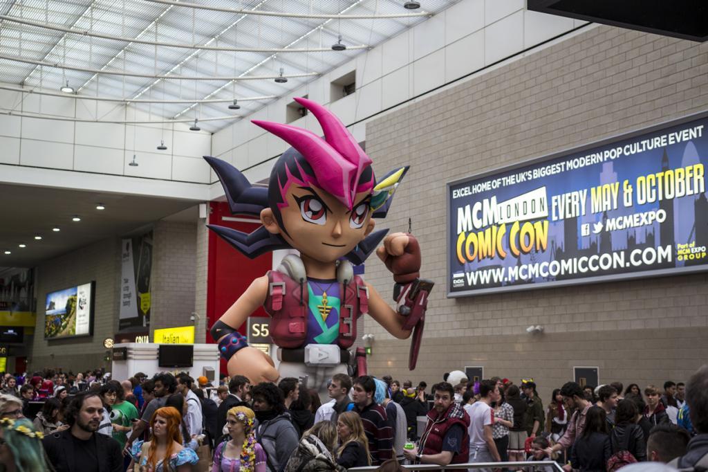 Великобритания. Лондон. Во время MCM Comic Con 2014. (big-ashb)