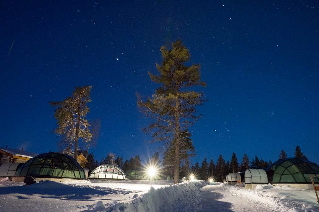 Финляндия. Отельный комплекс Kakslauttanen. (Kaba)