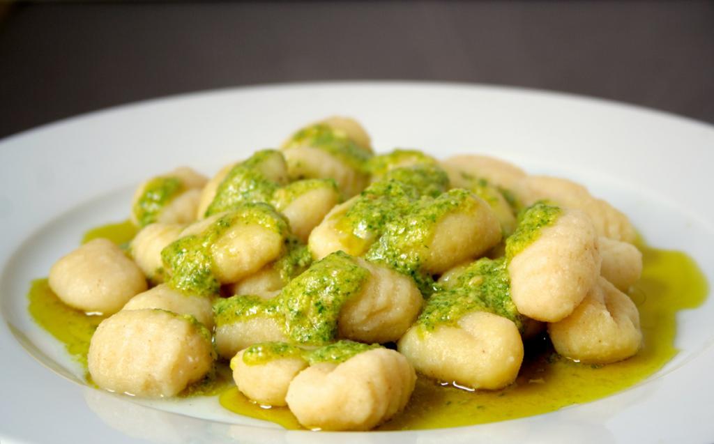 Ньокки — клёцки на основе манной крупы или картофельной муки. (Cooking etc.)