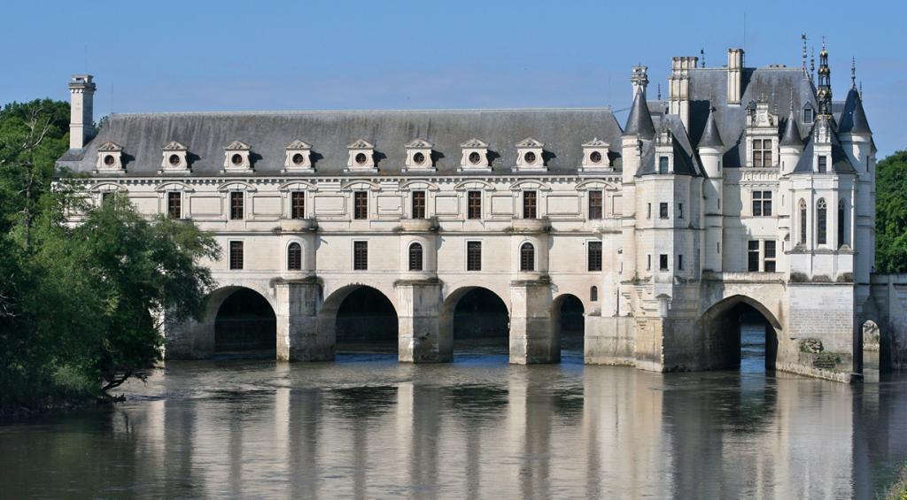 Расположен в департаменте Эндр и Луара. (François Philipp)