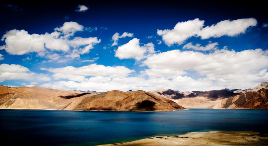 Гималаи. Озеро Бангонг-Цо. (Souparna)