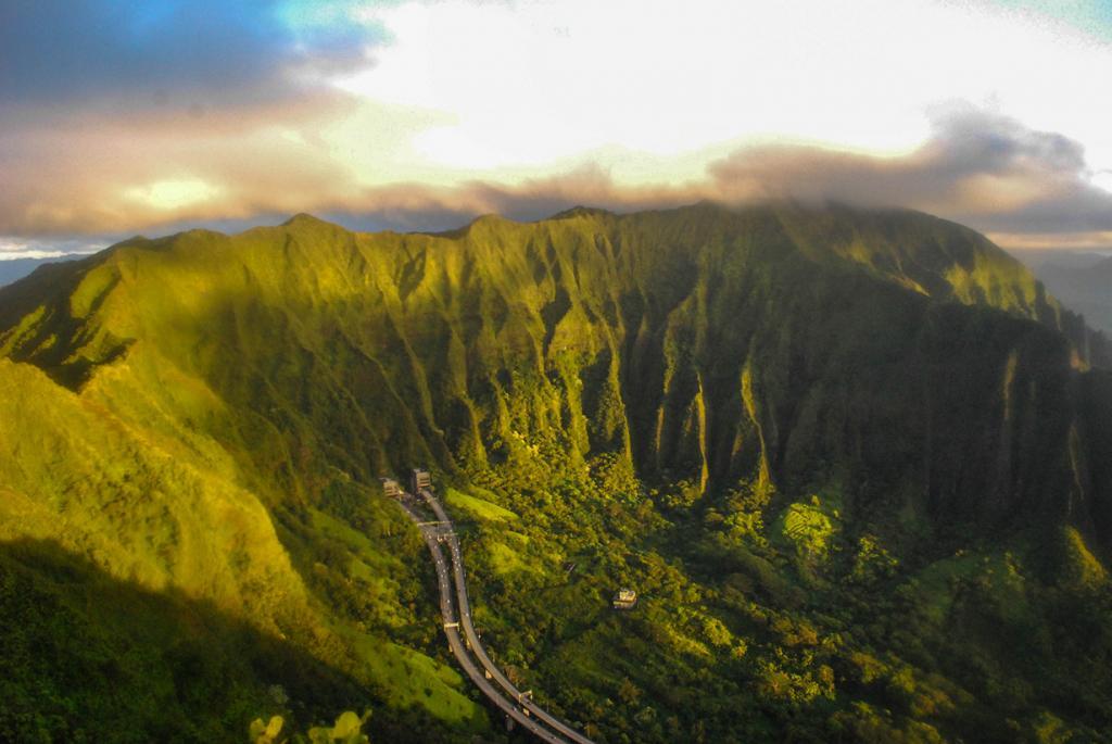 Гавайские острова. Оаху. Лестница Хайку. (freeship)
