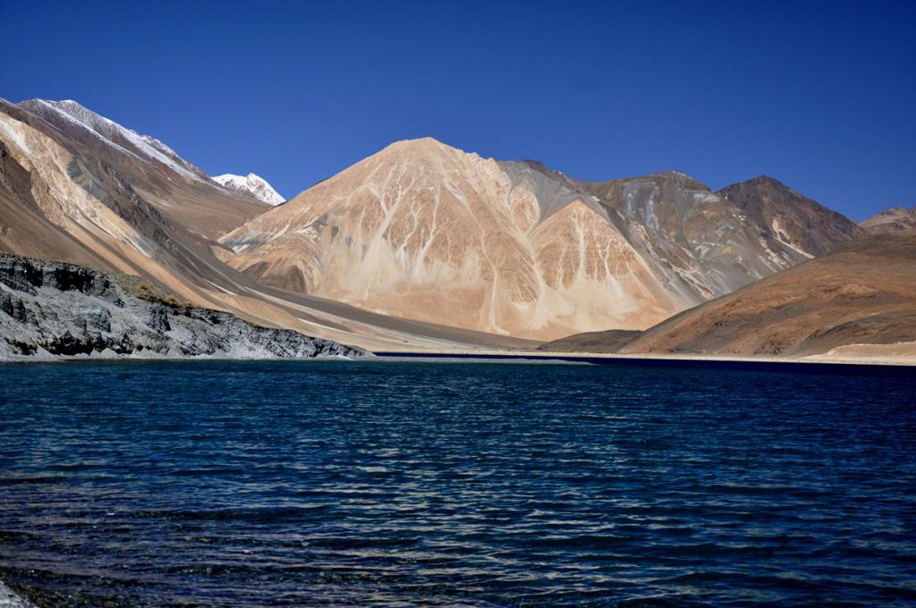 Гималаи. Озеро Бангонг-Цо. (Amit Rawat)