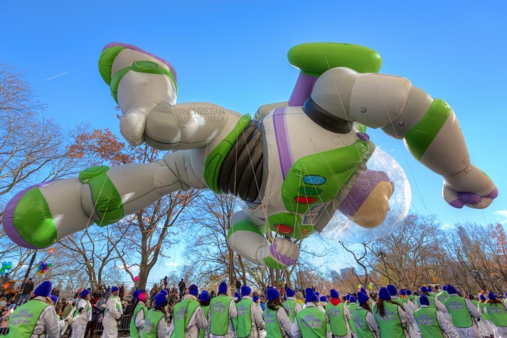 Во время парада в честь Дня благодарения. (Christian Bobadilla)