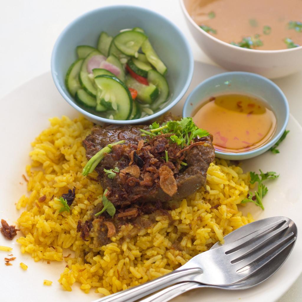 Хао-мок — бирьяни с говядиной. (Takeaway)