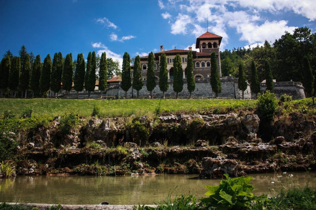 5 место. Буштени, Прахова. Замок Кантакузино. (Stanciu Radu Eduard)