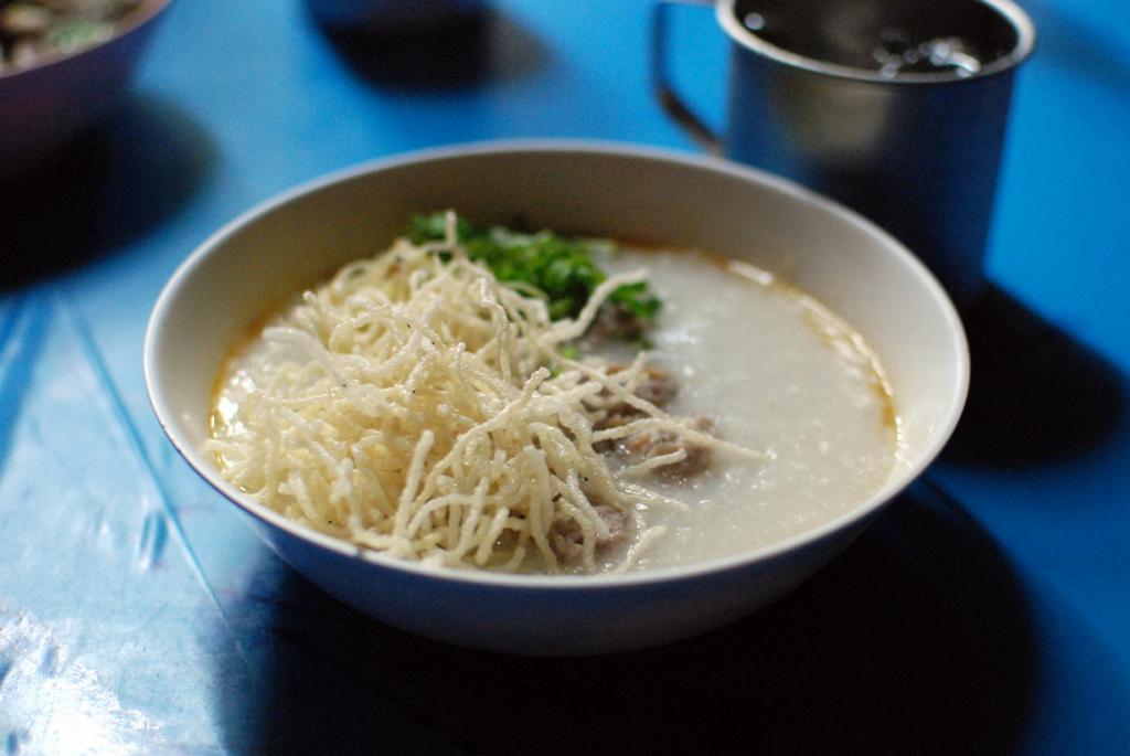 Чук — рисовая каша на завтрак. (Takeaway)