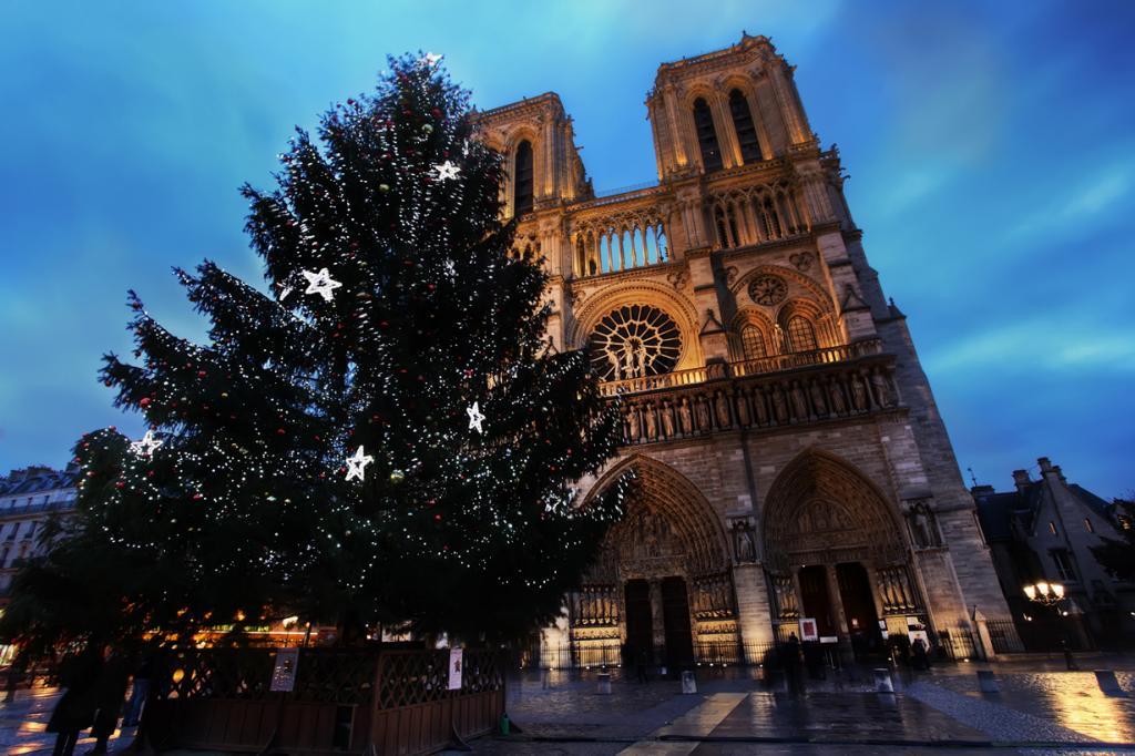 Франция. Париж. Рождественское время. (Eivind K. Dovik)