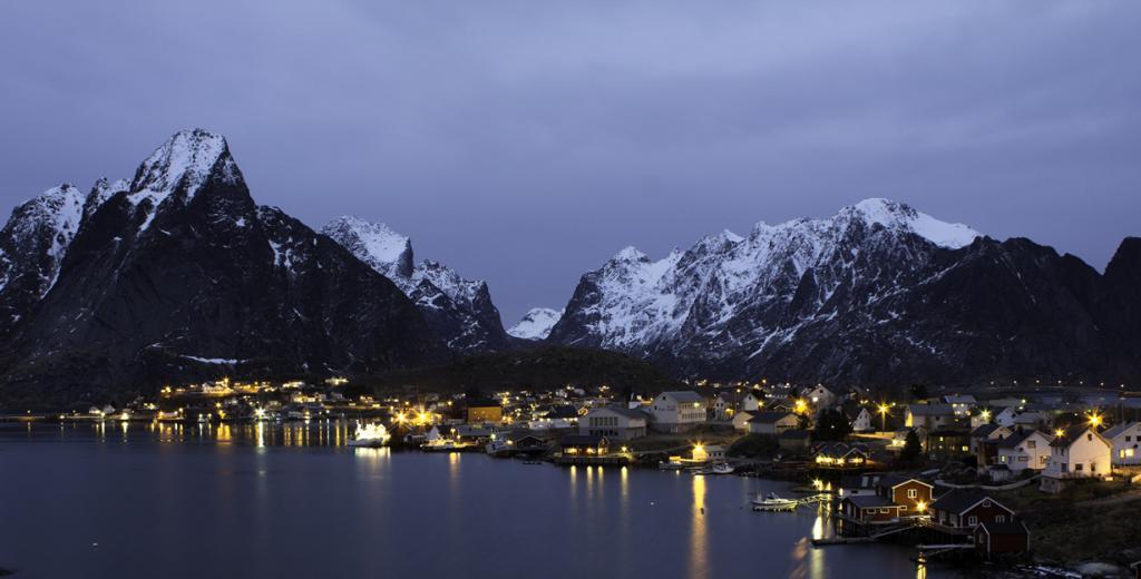 Норвегия. Лофотенские острова. (Jakob Nilsson-Ehle)