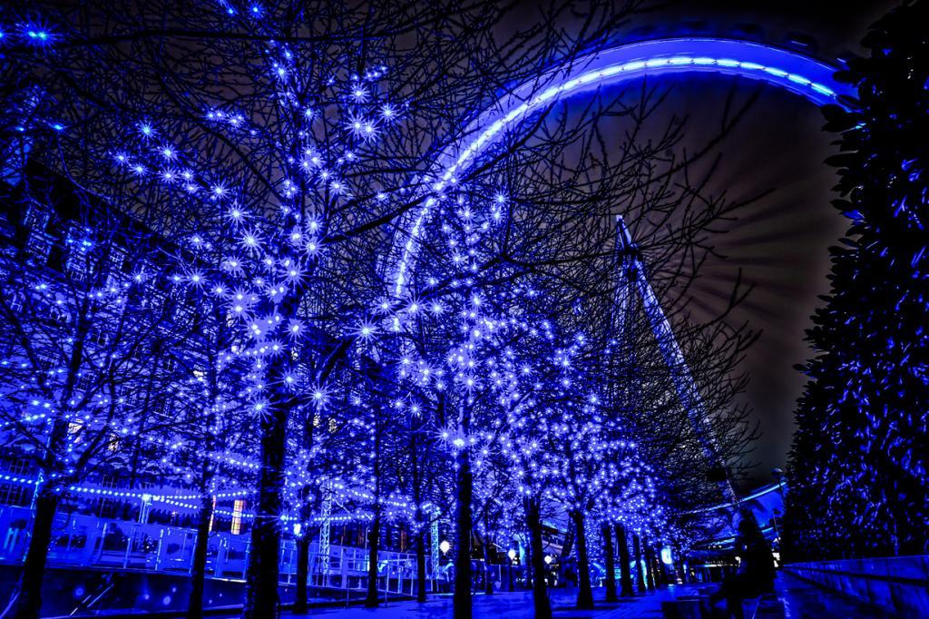 Великобритания. Лондон. (Simon & His Camera)