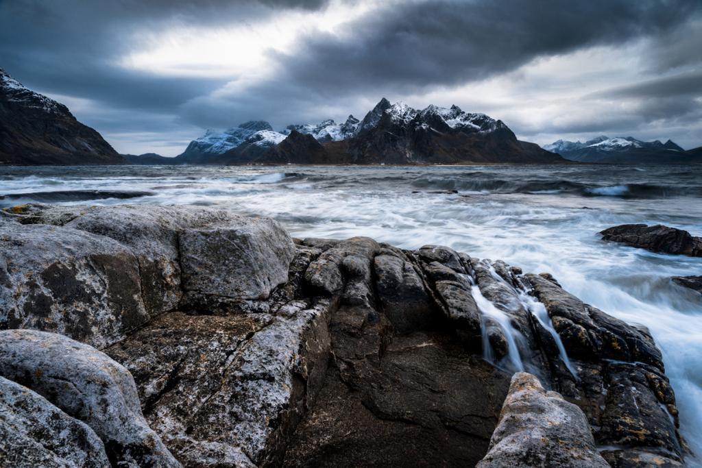 Норвегия. Лофотенские острова. (Matthew Savage)