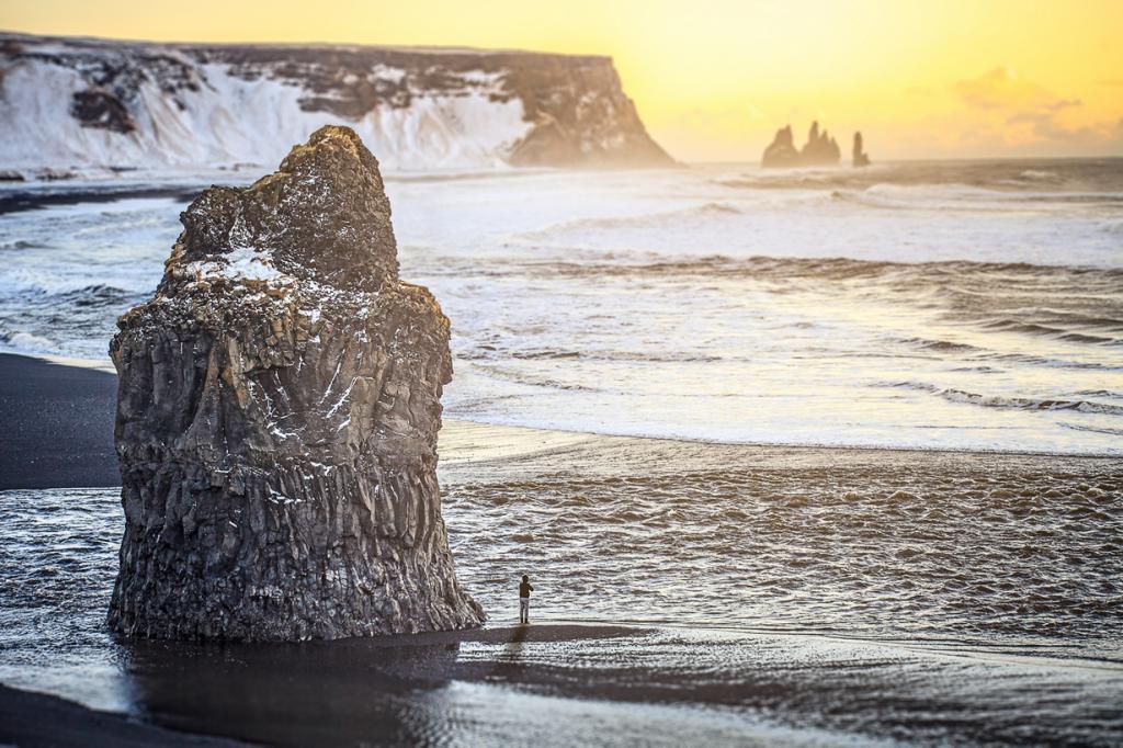 Пляж находится на территории одноименной деревни в Исландии. (Andrés Nieto Porras)