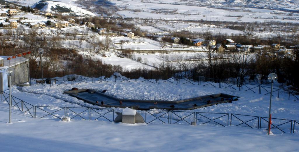 6 место. Франция, Сердания. Термальные ванны Bains de Dorres. Средняя температура воды составляет 36-40 градусов. (David Domingo)