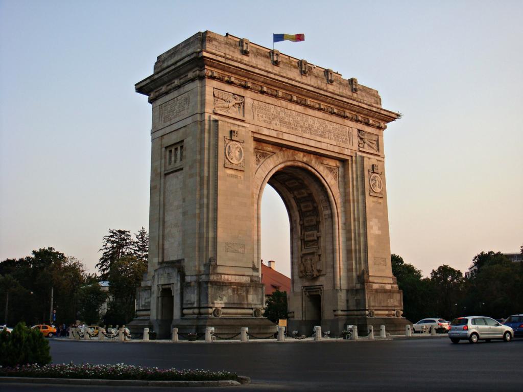 Румыния. Бухарест. (CameliaTWU)