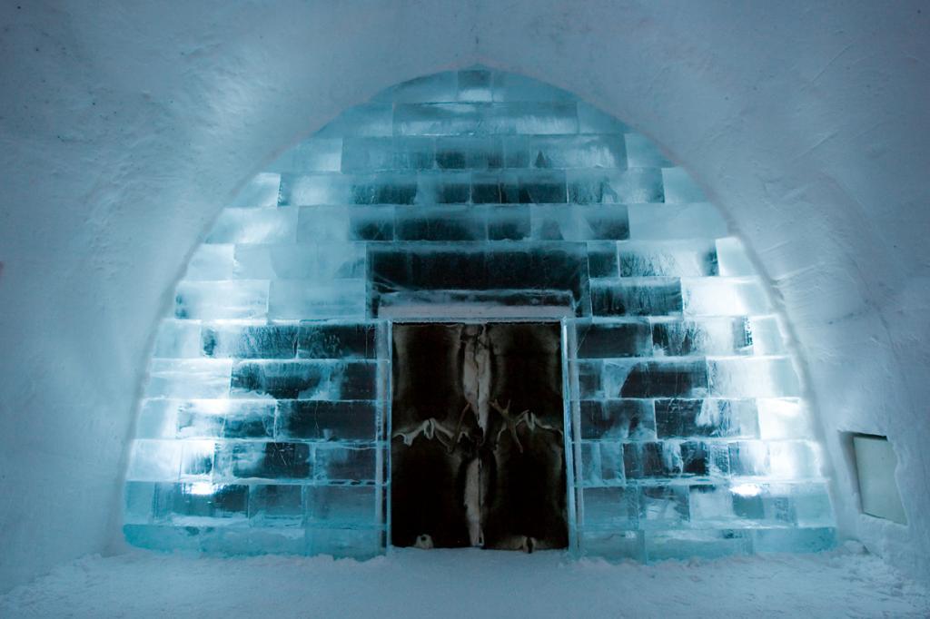 Швеция. Юккасъярви. Отель Icehotel. (Greenland Travel)