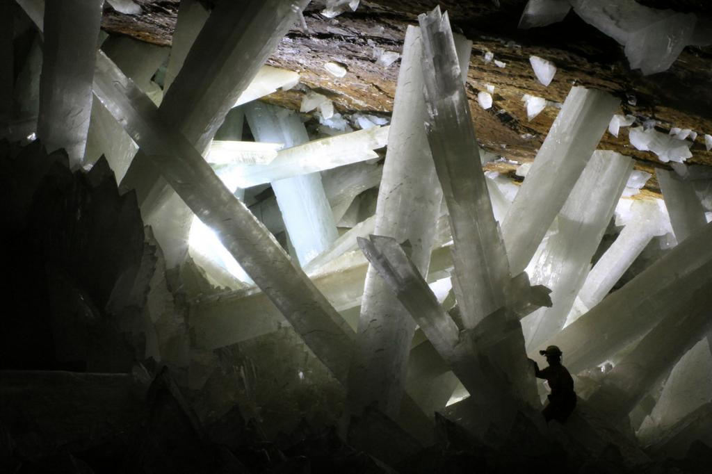 Мексика. Пещера кристаллов. (Alexander Van Driessche)