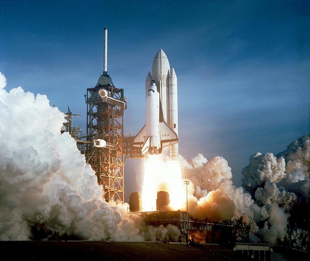 Во время первого испытательного полёта многоразового транспортного космического корабля «Колумбия» по программе «Спейс шаттл». (NASA on The Commons)