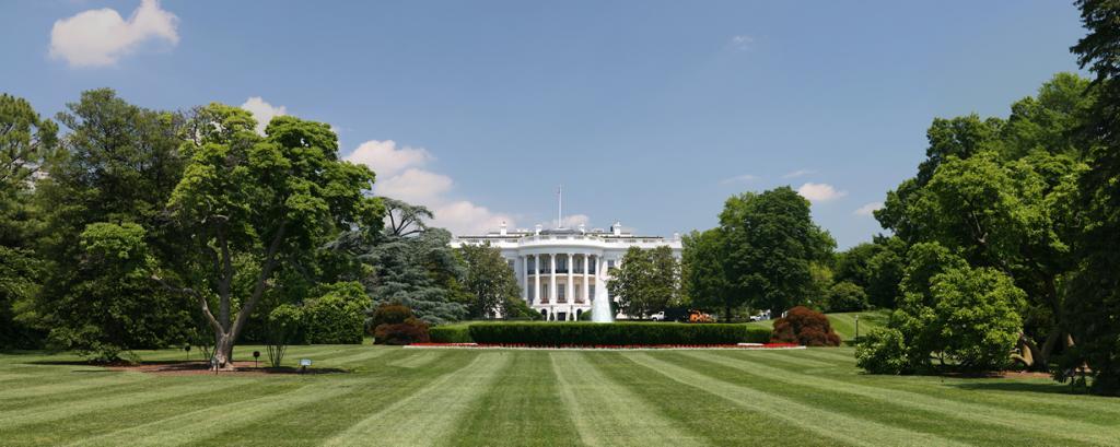 США. Вашингтон, округ Колумбия. Белый дом является официальной резиденцией президента страны. (Daniel Schwen)