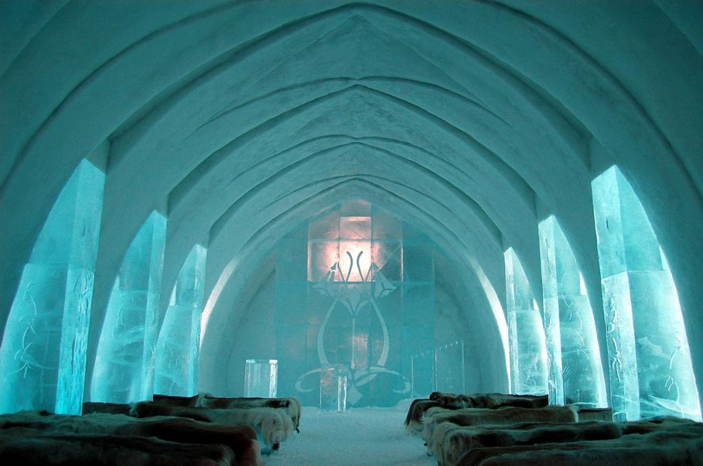 Icehotel. Ледяная обитель для любителей холода