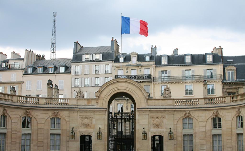 Франция. Париж. Елисейский дворец является резиденцией Президента страны. (Nicolas Nova)