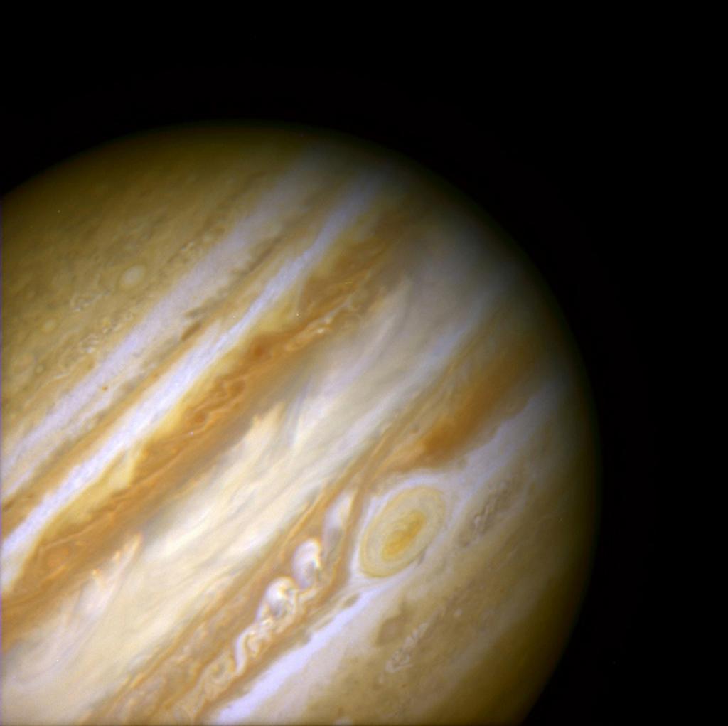 Древний шторм в атмосфера Юпитера. (NASA on The Commons)