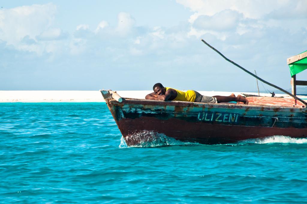Рыбак во время отдыха. (Hendrik Terbeck)