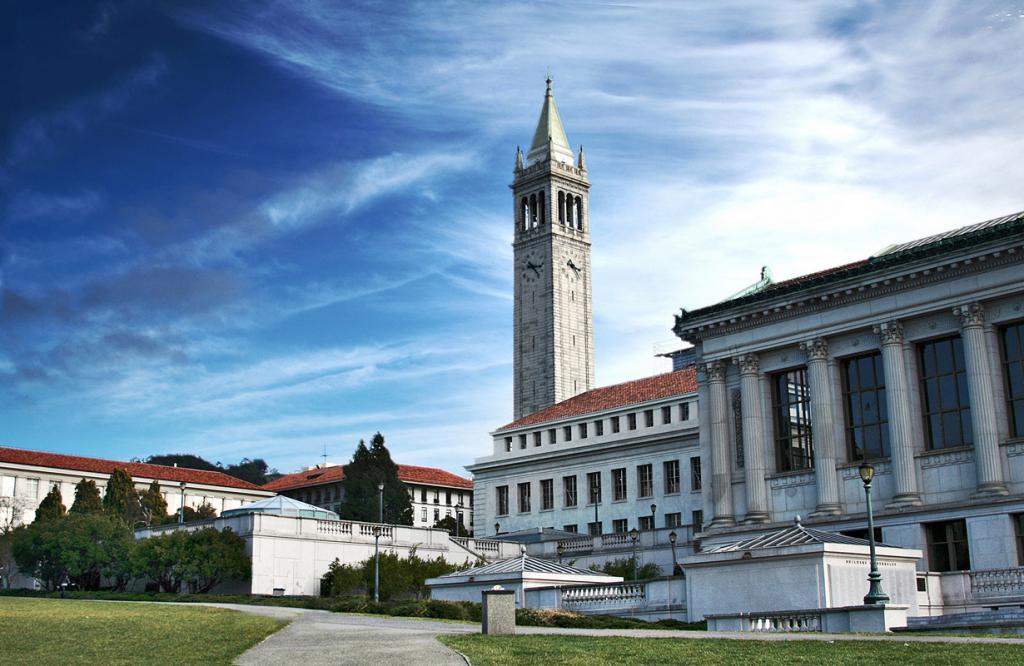 США. Калифорния. Калифорнийский университет в Беркли. (Charlie Nguyen)