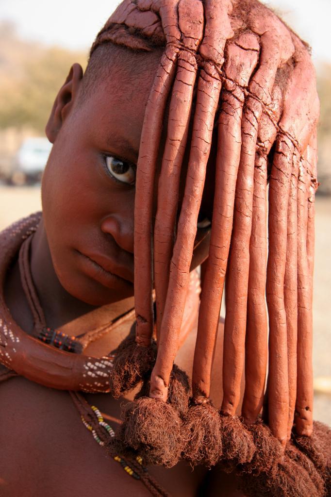 Ещё одними модниками считаются народ химба. Для них их внешний вид имеет огромное значения. (Yves Picq)