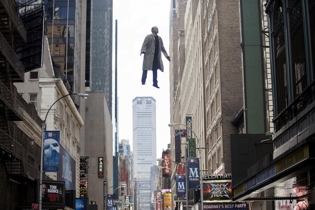 «Лучший фильм года» — «Бёрдмэн» режиссёра Алехандро Гонсалеса Иньярриту. (Кадр из фильма)
