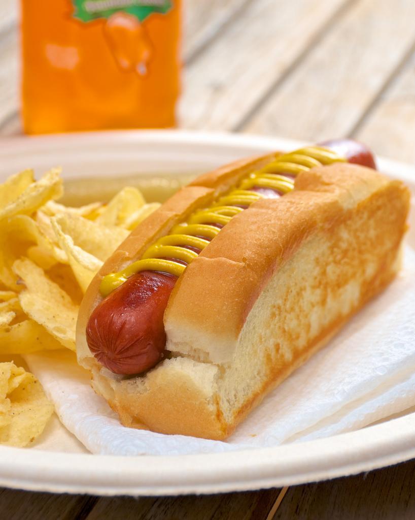 Ход-дог. «Колбаски Dachshund», которые заворачивались в ломтик хлеба, были придуманы франкфуртским мясником. (Dennis Wilkinson)
