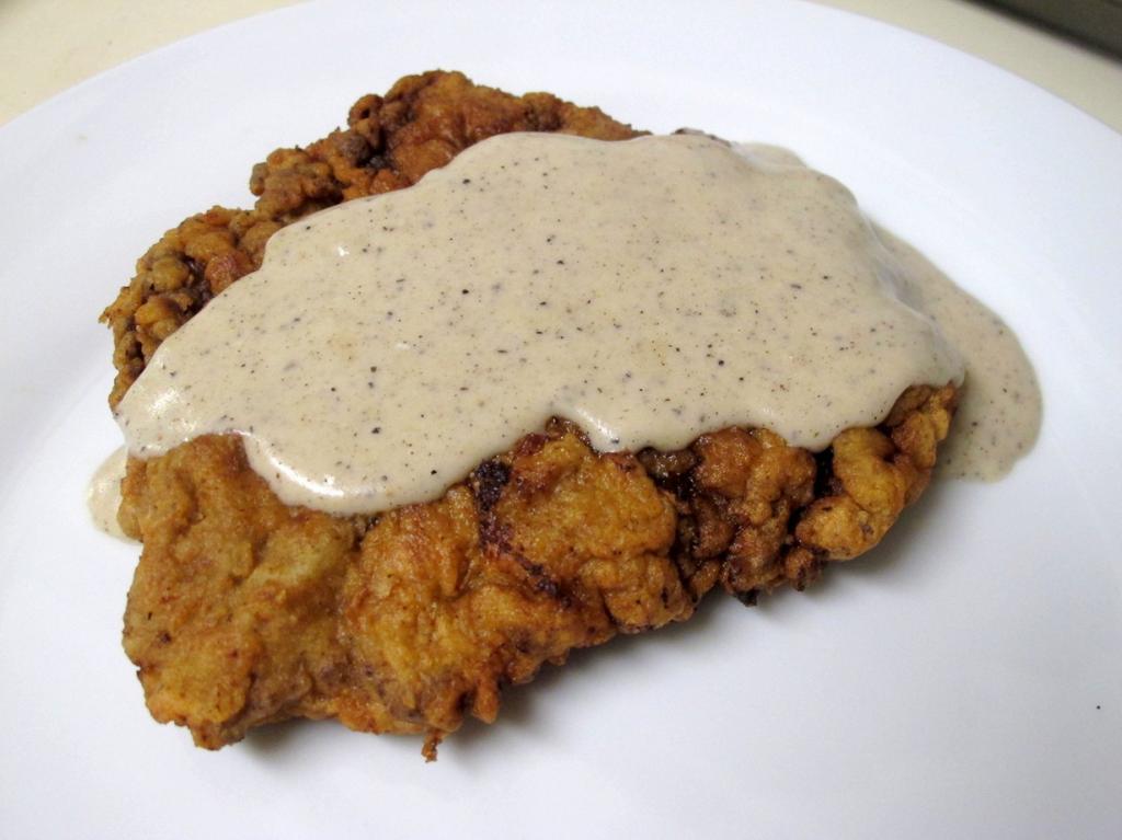 Чикен фрайд стейк. Национальное блюдо в США. Однако, рецепт принадлежит немецкой кухне. (I Believe I Can Fry)