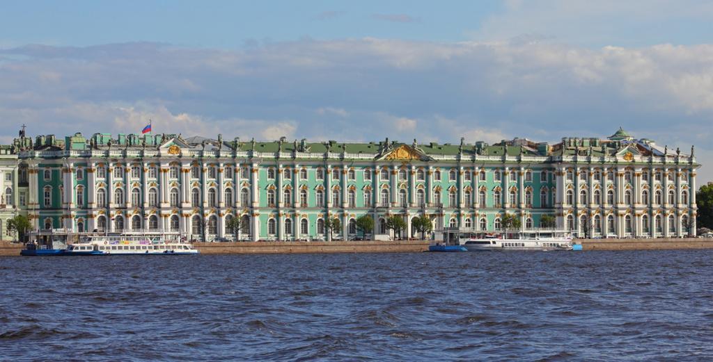 Россия. Санкт-Петербург. Государственный Эрмитаж. (A.Savin)