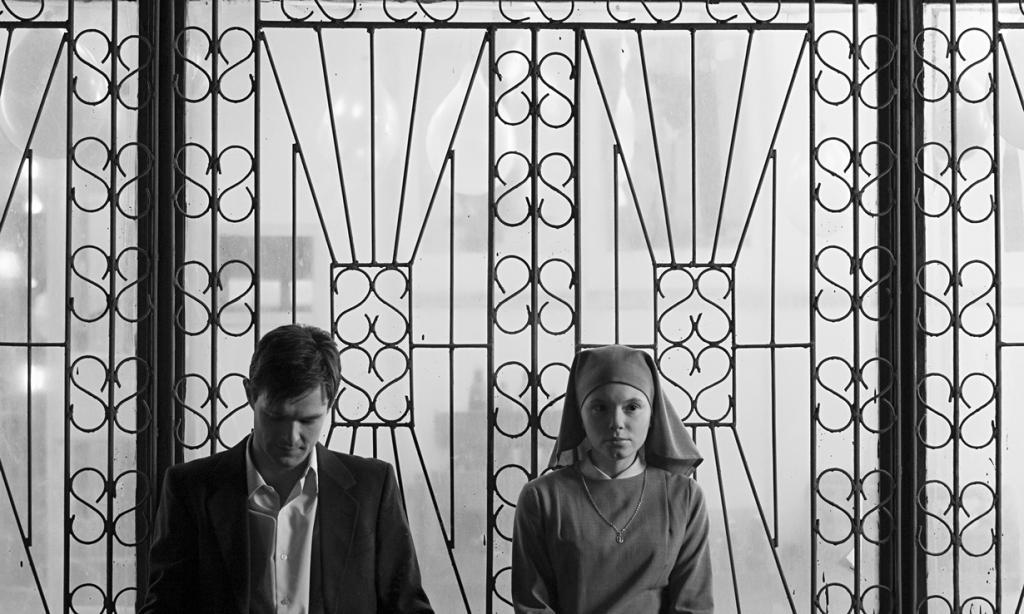 «Лучший фильм на иностранном языке» — «Ида» режиссёра Павла Павликовского. (Кадр из фильма)