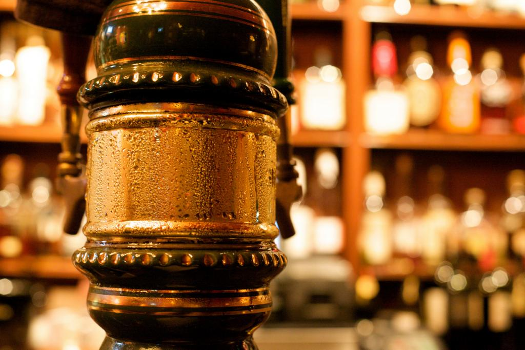 Политические партии Аргентины имеют собственные бренды пива. (Jeremy Brooks)