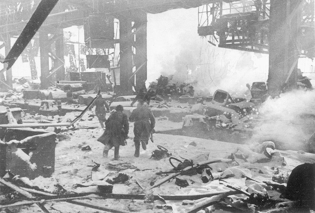 Русские убили больше немцев во время Сталинградской битвы, чем американцы за всю Вторую мировую войну. (Unknown)