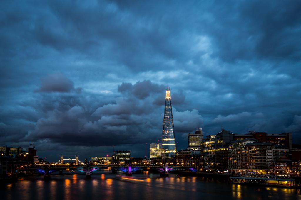 Великобритания. Лондон The Shard. Высота: 309,6 м. (Davide D'Amico)