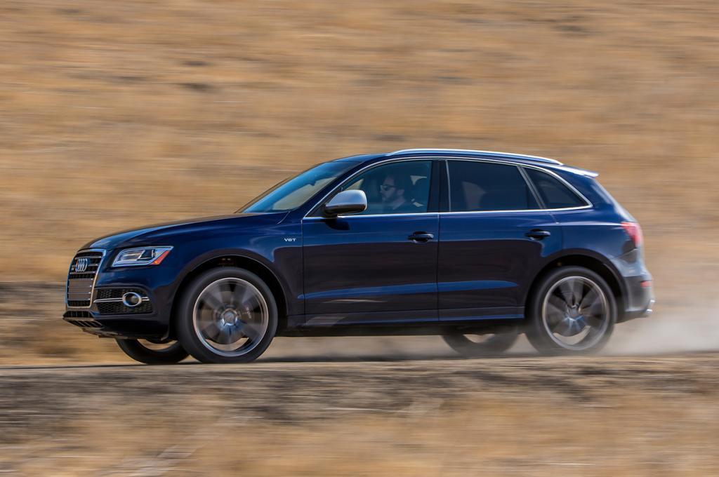 Audi SQ5. Мощность мотора: 354 л./c.; максимальная скорость: 244 км/ч. (Audi)