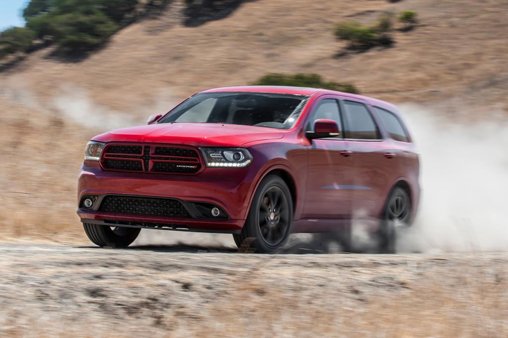 Dodge Durango R/T Hemi. Мощность мотора: 360 л./c.; максимальная скорость: 190 км/ч. (Dodge)