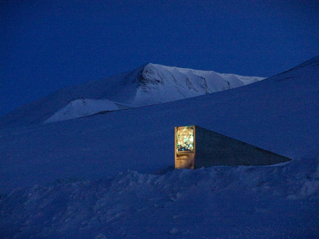 Норвегия. Всемирное семенохранилище на острове Шпицберген. (Global Crop Diversity Trust)