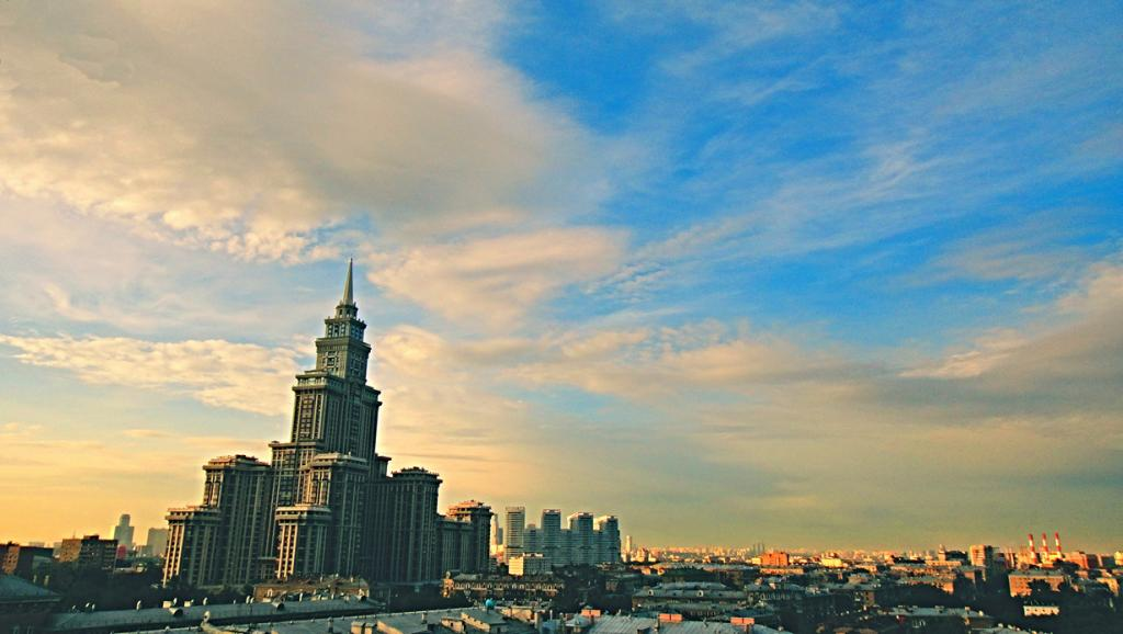 Россия. Москва. Триумф-Палас. Высота: 264,3 м. (Алексей Павлов)