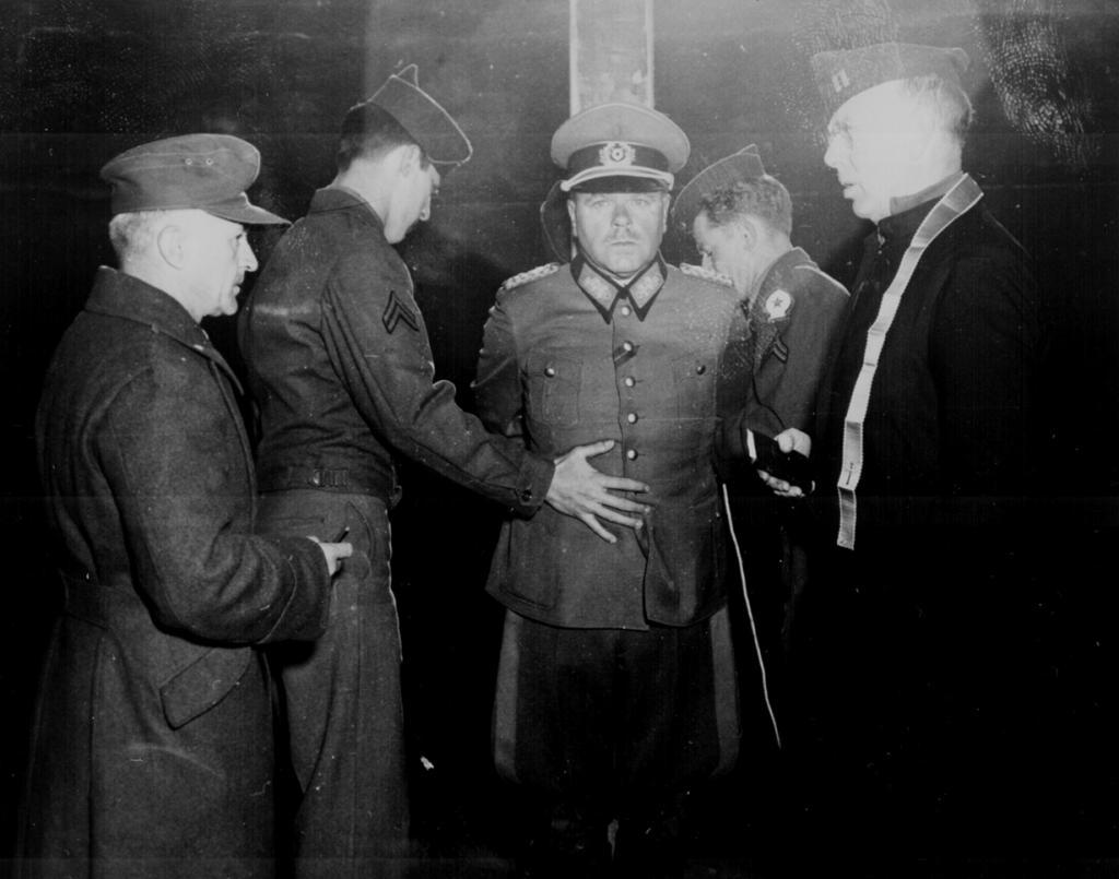Лица войны: Редчайшие архивные снимки Второй мировой войны. Часть вторая