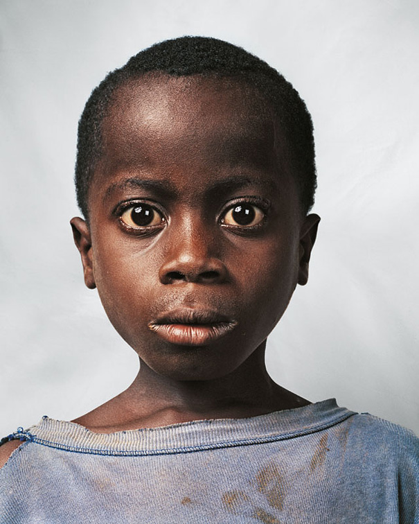 9-летний мальчик, Кот-д'Ивуар.