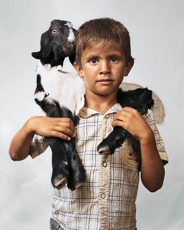 6-летний Билал, Западный берег реки Иордан.