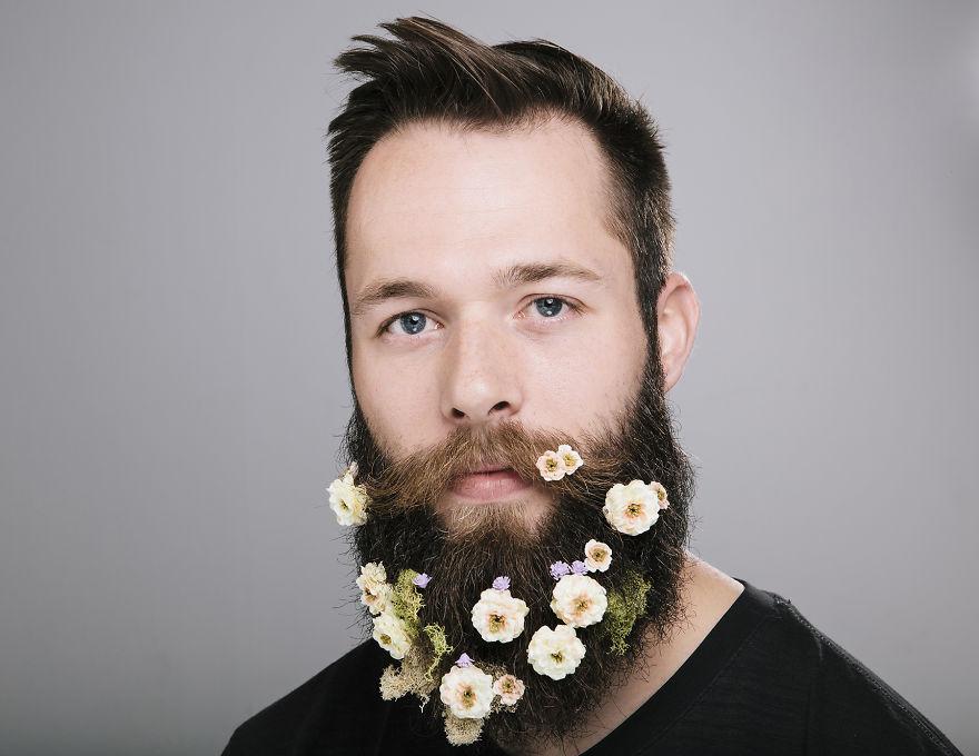 Май. Цветочная борода.