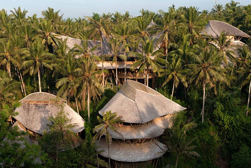 bamboo-house-ted-talk-sharma-springs-elora-hardy-ibuku-bali-41