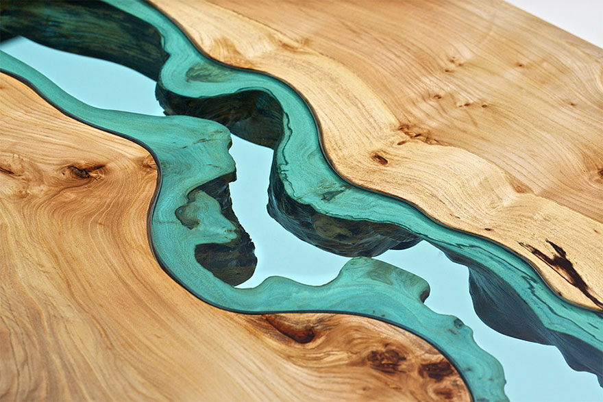 Стеклянная река