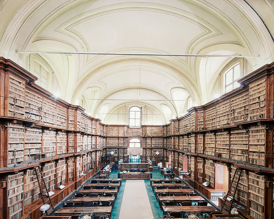 Библиотека Анжелика, Рим