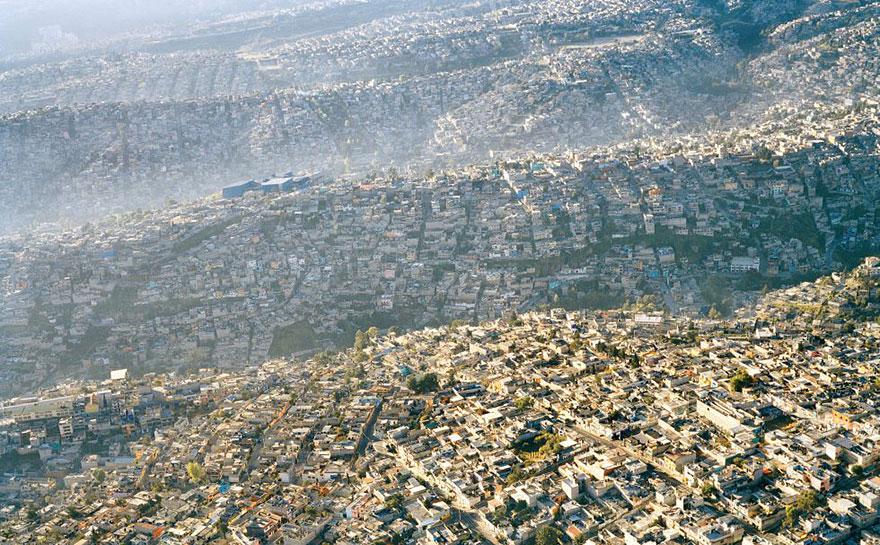 Мехико — 20 миллионов жителей.