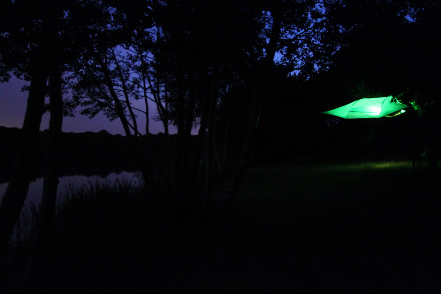 suspended-treehouse-tent-tentsile-alex-shirley-smith-13